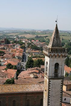 View of the town of Vinci from the tower. (DaVinci wine), Vinci, province of Florence , Tuscany, Italy