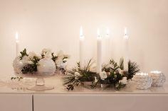 Interior / Home Decor: Winter Wonderland | Mood For Style - Fashion, Food, Beauty & Lifestyleblog |  Windlichter, Ribbons Adventskranz von Georg Jensen, Christbaumkugeln