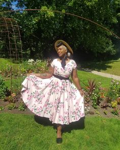 @loraosa wearing The Pretty Dress Company #vintagestyle #vintage #pinupstyle #modernvintage #vintageclothes Ladies Day Dresses, Prom Dresses, Vintage Inspired Fashion, Vintage Fashion, The Pretty Dress Company, Full Circle Skirts, Pin Up Style, Vintage Roses, Looking Stunning