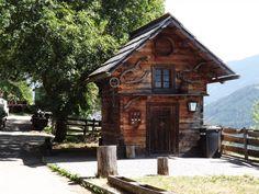 Haus neben Pirn Carinthia, Joy Of Living, Cabin, House Styles, Home Decor, House, Decoration Home, Room Decor, Cabins