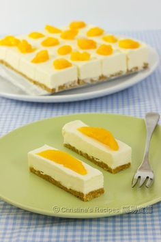 No-Bake Cheesecake - would make with even larger mango slices on top!