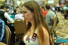 Liv Boeree annuncia su Twitter: 'Presto il mio libro sul poker' - http://www.continuationbet.com/poker-news/liv-boeree-annuncia-su-twitter-presto-il-mio-libro-sul-poker/