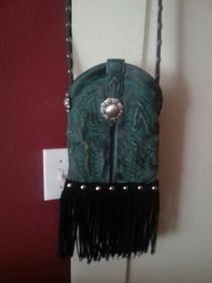Boot top.purse...green with black