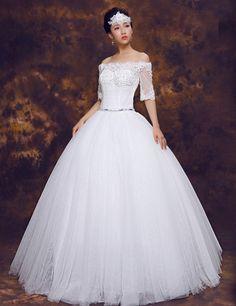 上品 オフショルダー ハーフスリーブ レースアップ ボールガウン スウィープ チュール ビーズ 花嫁ドレス ウェディングドレス Htd0043