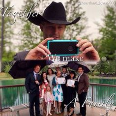 Tim,Georgie,Katie,Lou,Jack,Amy,Ty,Cassandra,Scott as Caleb takes picture at Ty's graduation. Mallory and Ashley missing:(
