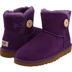 purple bailey button uggs