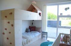 Cool bunkbed :D