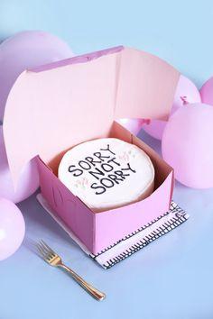 DIY Cross Stitch Cakes | studiodiy.com | Pinterest: Natalia Escaño