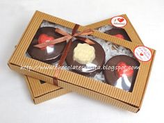 Biscuit Decoration, Chocolate Heaven, Biscuits, Bakery, Packaging, Ideas, Gift Boxes, Desserts, Crack Crackers