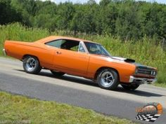 road runner 1969 Rencontre Mopar Fernand Dumulong