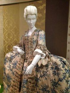 SilkDamask : A 1760s Silk Brocade Court Dress Has Timeless Appeal