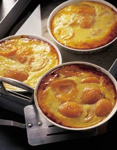 Apricot flans for 6 people – Elle à Table Recipes – Car stickers Thermomix Desserts, Easy Desserts, Petits Desserts, Flan Dessert, Cookie Recipes, Dessert Recipes, Desserts With Biscuits, Healthy Cocktails, Homemade Cakes