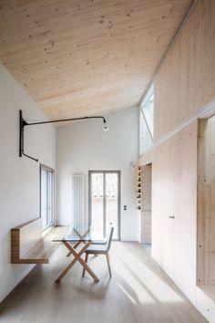 Neue Gute Stuben - Wohnungsumbau von SAU in Girona