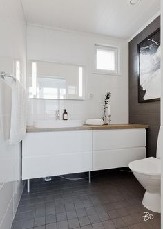Bathroom Toilets, Laundry In Bathroom, Bathroom Inspiration, Interior Inspiration, Beautiful Houses Interior, Apartment Layout, Home Spa, Beautiful Bathrooms, New Homes