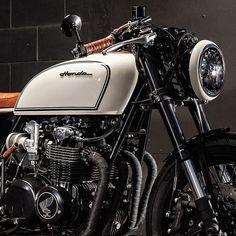 Cb 750 Cafe Racer, Yamaha Cafe Racer, Triumph Scrambler, Triumph Bonneville, Honda Cb750, Ducati, Harley Davidson Scrambler, Café Racers, Cafe Style