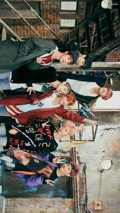 look at tae's head on jungkook. Namjoon, Taehyung, Foto Bts, Bts Bangtan Boy, Bts Jimin, Bts Memes, Bts Group Photos, Billboard Music Awards, Entertainment