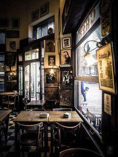 Reflejos en el café (photo by Ruben Hernan) | Buenos Aires, Argentina
