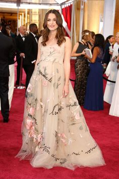 Keira Knightley in Valentino at the 2015 Academy Awards. See all the best dressed baby bumps in Oscars history.