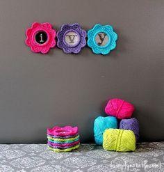 Ivy Go Round Crocheted Frames