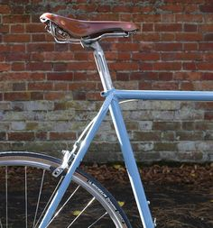 Brooks saddle, Michelin tyres, classic Raleigh bicycle