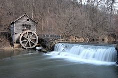 A traditional Water Mill - sustainable energy at its finest Old Grist Mill, Water Powers, Water Mill, Old Churches, Sustainable Energy, Le Moulin, Old Buildings, Nature Photography, Beautiful Places