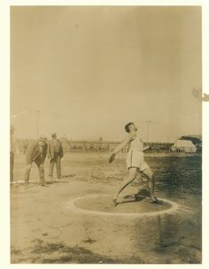 Olympics: Ralph W. Rose, Chicago Athletic Association, throwing the discus.