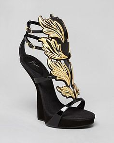 Giuseppe Zanotti Platform Wedge Sandals - Alien Sculpted T Strap   Bloomingdale's