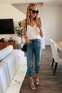 Abercrombie & Fitch Haul: 18 Outfits to Wear this Summer Outfit Jeans, Mom Jeans Outfit Summer, Cropped Jeans Outfit, Summer Outfits, Spring Jeans Outfits, Sandals Outfit Summer, Summer Wear, Spring Summer Fashion, Trendy Outfits