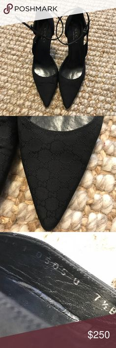 e64fd7e7569 Rare vintage authentic monogram gucci heels 👠