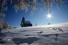 Wintertraum by hubertbichler #nature #mothernature #travel #traveling #vacation #visiting #trip #holiday #tourism #tourist #photooftheday #amazing #picoftheday