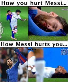 Just Messi Things ❤️ Funny Football Memes, Funny Sports Memes, Sports Humor, Funny Jokes, Neymar, Messi Vs Ronaldo, Messi Messi, Cristiano Ronaldo, Messi Soccer