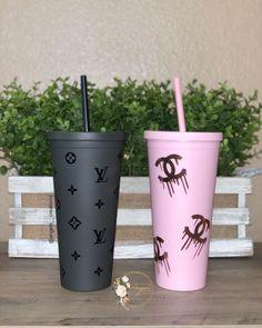 Starbucks Cup Design, Custom Starbucks Cup, Diy Resin Art, Diy Resin Crafts, Birthday Girl Quotes, Dollar Tree Decor, Cricut Craft Room, Custom Cups, Tumbler Designs