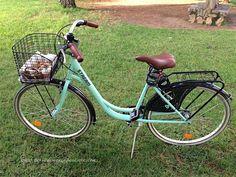 Bicicleta de paseo holandesa verde aguamarina