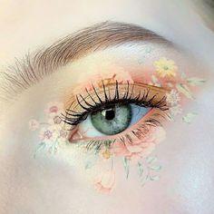 Makeup Eye Looks, Eye Makeup Art, Eye Makeup Remover, Cute Makeup, Pretty Makeup, Fairy Makeup, Crazy Makeup, Beauty Makeup, Flower Makeup