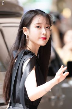 Shared by love poem ♡. Find images and videos about kpop, iu and soloist on We Heart It - the app to get lost in what you love. Korean Actresses, Korean Actors, Kpop Girl Groups, Kpop Girls, Korean Girl, Asian Girl, Iu Fashion, Kdrama Actors, Beautiful Actresses