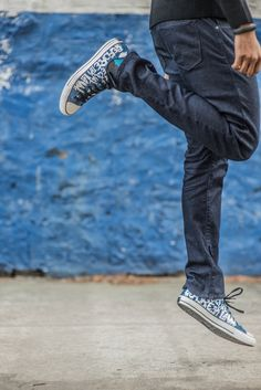 Love these Converse from the Skater Boy look: http://www.uptownbourgeois.com/blog/2015/1/9/skater-boy #menswear #menstyle #mensfashion #mensfashionpost #guyswithstyle #ootd #ootdmen #fashion #fashionblogger