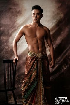 Mister Global 2017 - International male pageant with 28 contestants in Thai traditional costume portrait. Traditional Thai Clothing, Traditional Outfits, Sexy Asian Men, Sexy Men, Thailand Costume, Thai Wedding Dress, Thailand Fashion, Asian Male Model, Thai Fashion