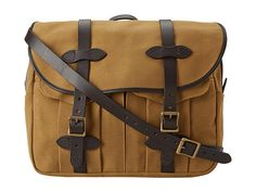 Oil finished cotton twill messenger bag from Filson. #mens #bags #accessories