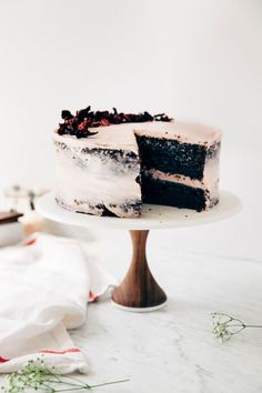 a naked hibiscus chocolate cake - Hummingbird High - A Desserts and Baking Food Blog in San Francisco