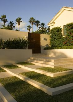 LOVE THE TERRACING.  Stepping down. A sloping or even flat site can be terraced to create an easy and gradual transition from the house to the earth. This is especially useful when you want multiple outdoor spaces and the property is large enough to accommodate the terracing.