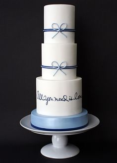 Such a cute wedding cake, simple yet elegant, love this idea  http://markjosephcakes.com/