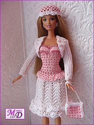 ~inspiration: PINK~ - tonya f - Picasa Albums Web Crochet Barbie Patterns, Crochet Doll Dress, Barbie Clothes Patterns, Crochet Barbie Clothes, Knitted Dolls, Dress Patterns, Barbie Style, Accessoires Barbie, Barbie Wardrobe