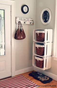 Cool DIY Ways To Decorate Your Entryway Crates and Baskets Entry Storage Shelf -Top 10 DIY Shelves Ideas!Crates and Baskets Entry Storage Shelf -Top 10 DIY Shelves Ideas! Home Organization, Family Room Walls, Home Projects, Interior, Diy Shelves, Home Decor, Home Diy, Storage, Room Wall Colors