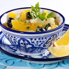 Salade d'agrumes marocaine Fruit Recipes, Cantaloupe, Potato Salad, Potatoes, Ethnic Recipes, Food, Buffet, Moroccan Kitchen, Light Recipes