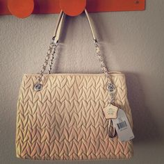 """Jessica Simpson handbag! Very pretty bag, light and easy to wear with anything.  Light taupe color, almost like a darker cream?  11"""" by 14"""" by 5"""".  Roomy but not bulky!  NWT! Jessica Simpson Bags"""