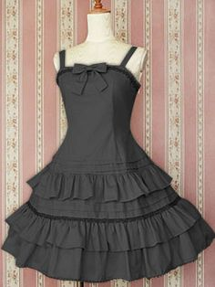 Gray Sleeveless Gothic Lolita