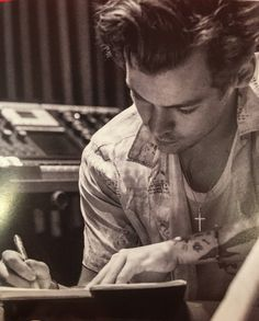 (140) #HarryStylesAlbum - Twitter Suche