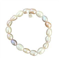 Luster Pearl Bracelet www.mygraceandheart.com/RhondaMoline
