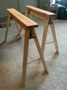 Collapsible And Portable Sawhorses