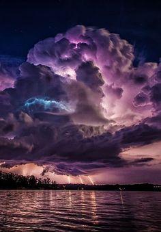 Spectacular lightning storm at Lewis Smith Lake near Jasper, Alabama, USA